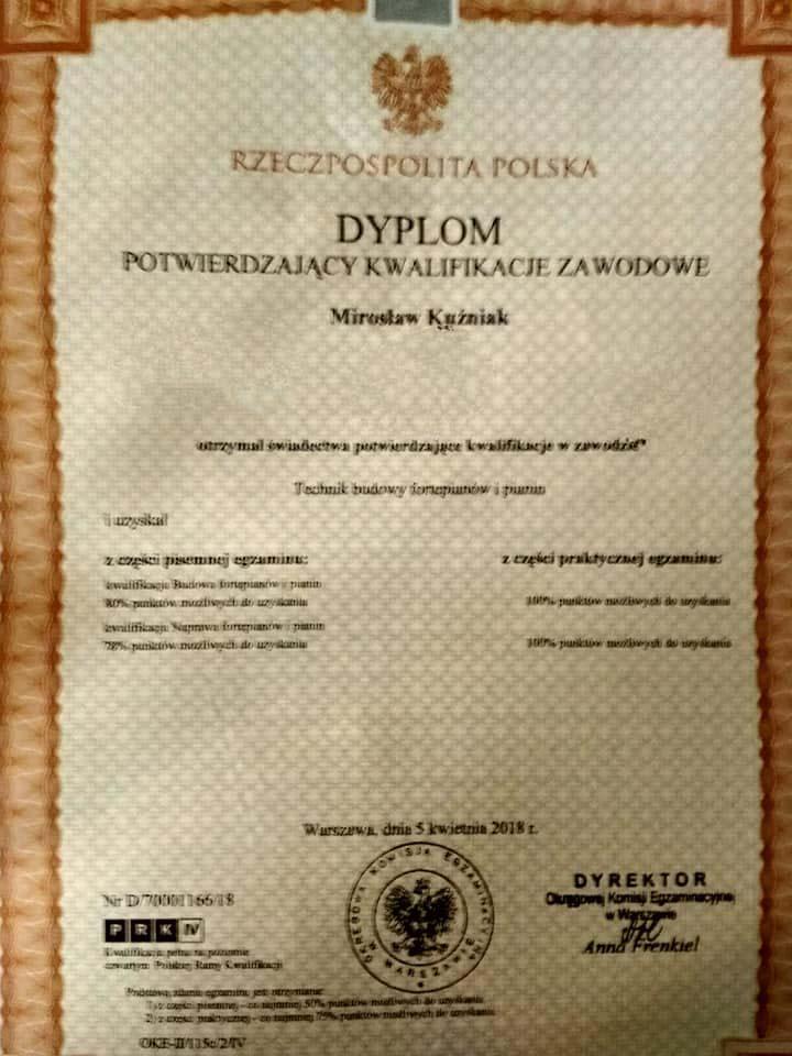 Dyplom kwalifikacji w strojeniu pianin i fortepianów